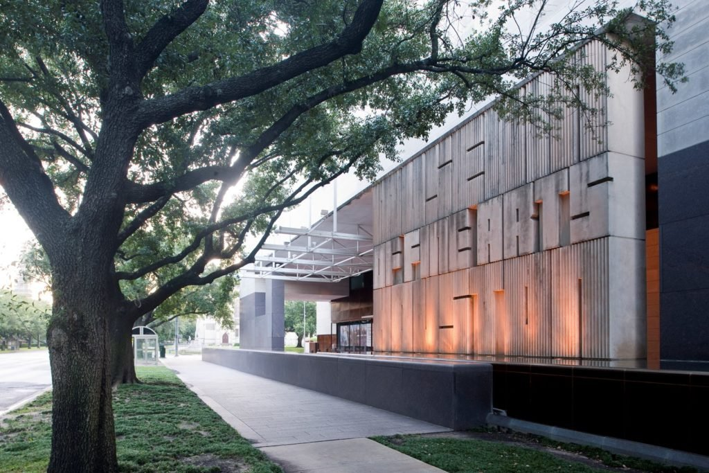 The Museum of Fine Arts, Houston.jpg